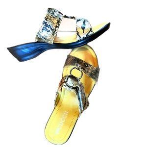 2/$25 🐚 Snakeskin Sandals